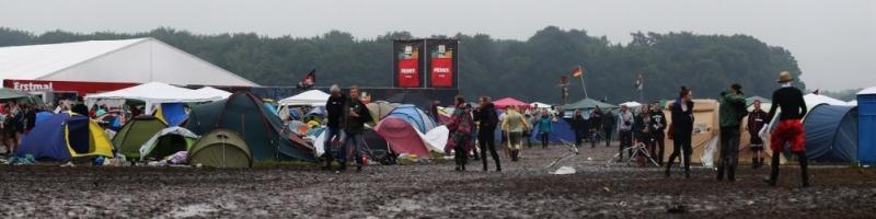 Zelt evakuiert, Stau und ein paar Drogen