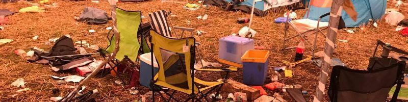 Der Deichbrand-Campingplatz morgens um 5.30 Uhr
