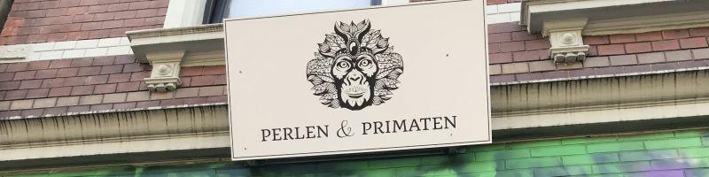 Perlen und Primaten