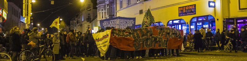 Mehr als 1000 Bremer demonstrieren gegen rechte Gewalt
