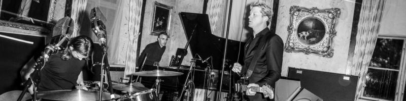 Johnossi mit neuer Musik im Schlachthof