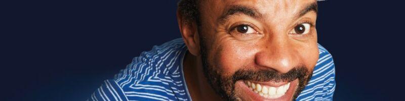 Simon Pearce kommt am Donnerstag in die BEGU Lemwerder – HB-People verlost Tickets